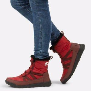 Sorel Whitney II Short Lace Boots Red Dahlia 8.5